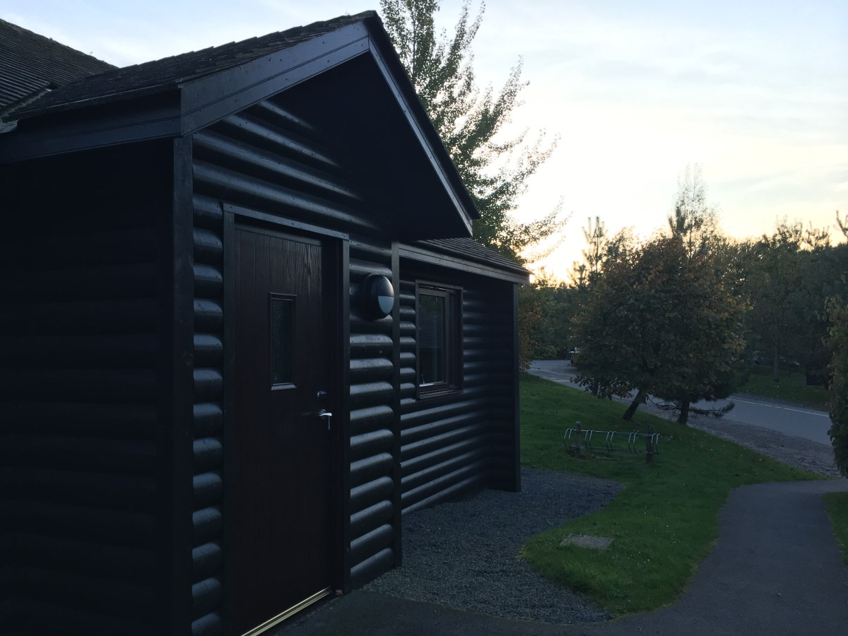 Bluestone: Our Accommodation: Dinas Lodge {Review}
